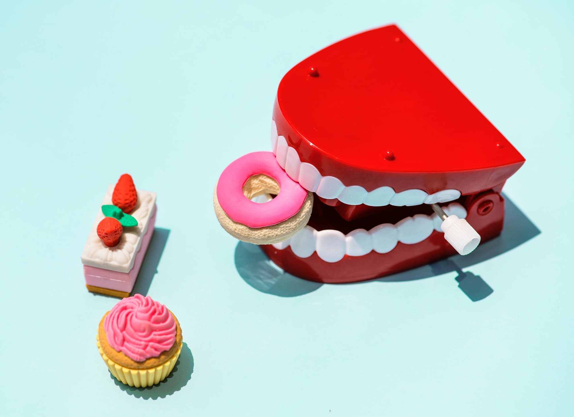 Dentures Candy Sugar sensitive teeth and toothache